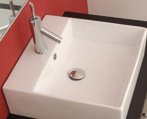 koupelny - umyvadla, vany, sprchové kouty